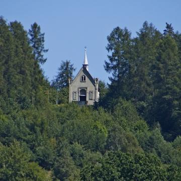 Kaplica i wzgórze św. Michała